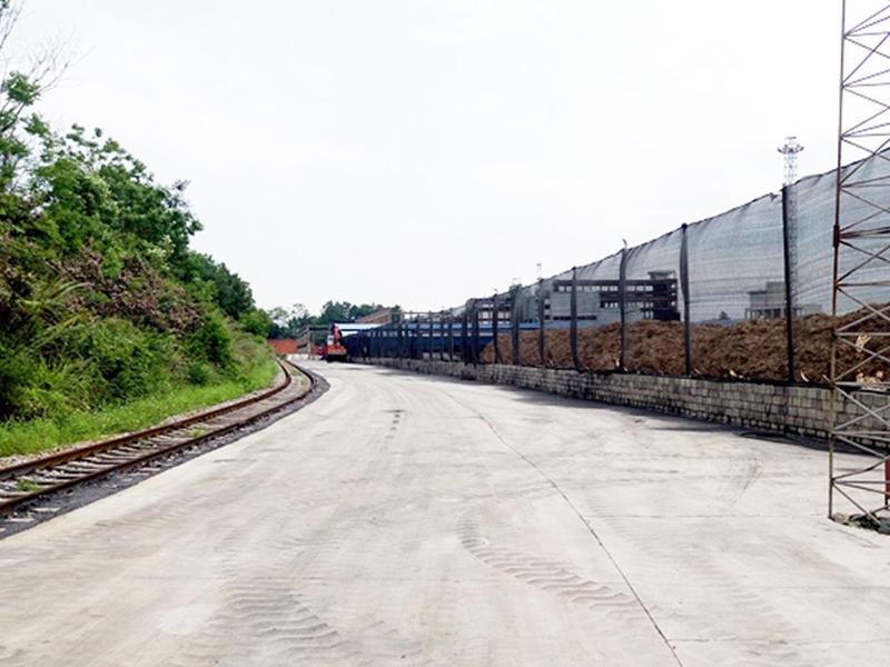 柳州货场出入口、铁路运输的装卸道